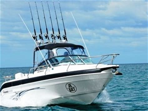 boat manufacturers comparison haines hunter 600r single and twin rig comparison review