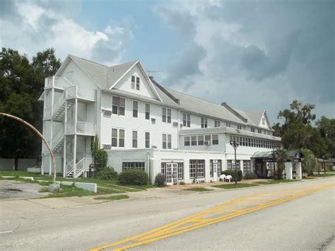 Free Search Florida File Inverness Fl Crown Hotel01 Jpg