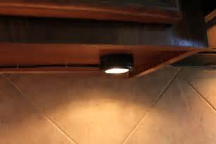 easy install cabinet lighting easy lighting cabinets home ideas 2016