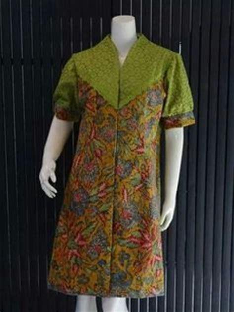 Baju Blouse Susan 1000 images about batik on indonesia kebaya and skirts