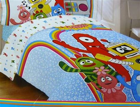 Yo Gabba Gabba Bedding by Yo Gabba Gabba Bed Comforter Muno Brobee Plex