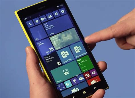 Microsoft Lumia Windows 10 microsoft vastly expands windows 10 technical preview to dozens of smartphones