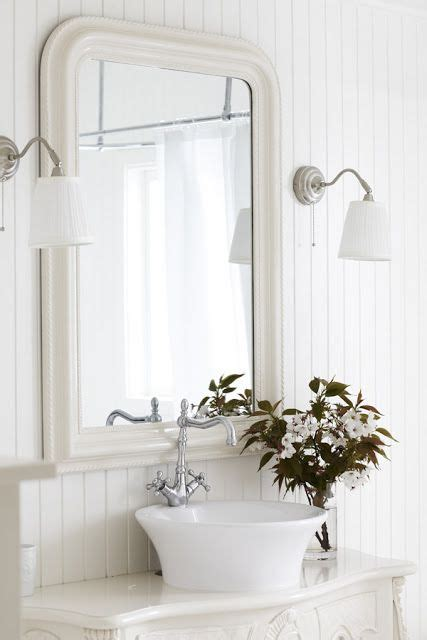 Country Cottage Bathroom by Country Cottage Style Bathrooms