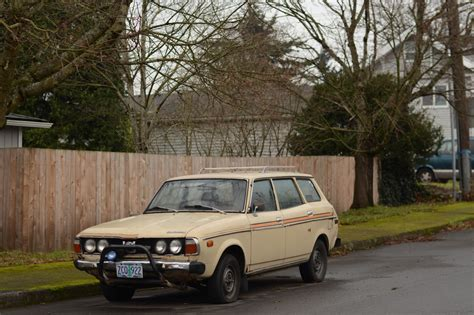 old subaru wagon old parked cars 1978 subaru dl station wagon