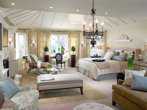 master bedroom with living room hgtv decorating bedrooms hgtv master bedrooms decorating