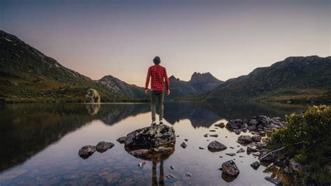 tasmania  day walks escape