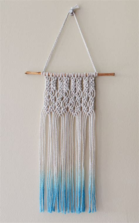 Beginner Macrame - 25 best ideas about macrame tutorial on