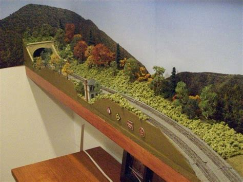 Ho Shelf Layouts by 187 Ho Shelf Layout Model Railroad Benchwork Plans Pdf