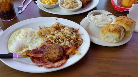 comfort food dallas cherished comfort food spot cooks breakfast all day in