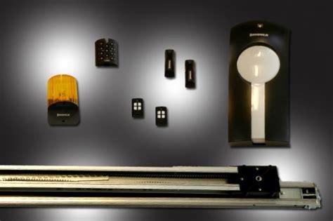 motori per portoni sezionali automazione portone sezionale residenziale con telecomando