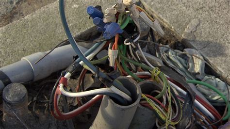 exposed live wire live electrical wires left exposed for weeks in yaletown