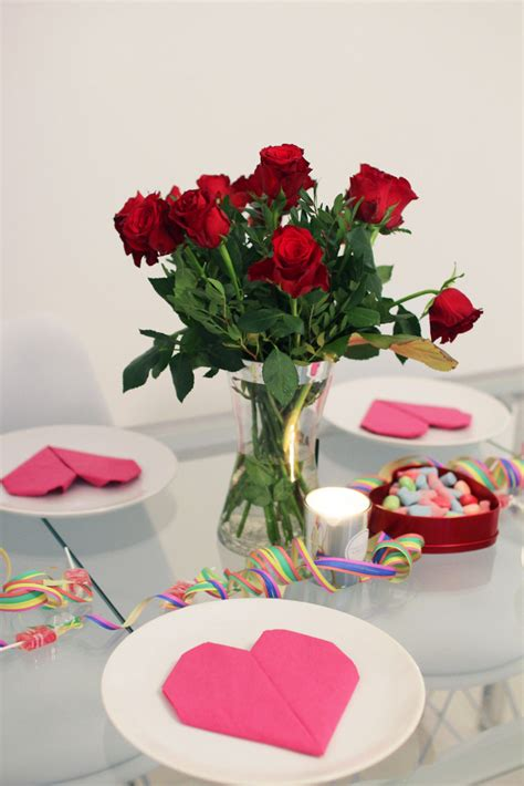 Decoration Serviette by Pliage De Serviette Facile Pour D 233 Corer Une Table F 234 Te