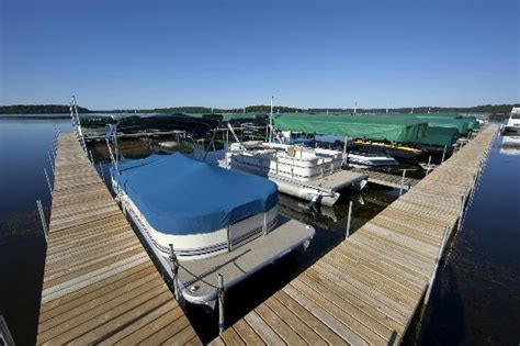 boat slips for rent mn marina boat slips and boat lifts with canopies available