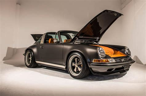 Show Home Interior by Meeting Singer S Tribute To The Porsche 911 Autocar