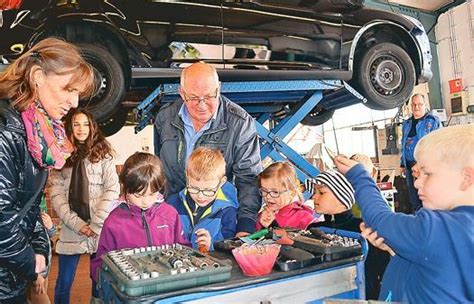 handwerk jever autowerkstatt begeistert die kinder