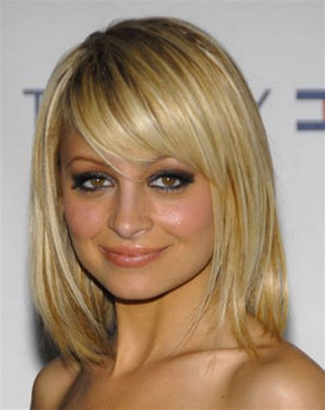 shoulder length hair one length medium length layered haircuts 2015