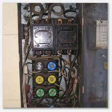 overloaded fuse box tapping and knob and wiring seattle area home inspection