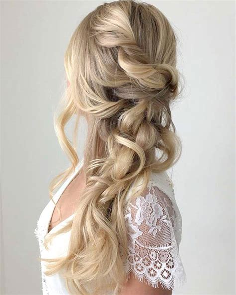 Wedding Hair Mostly by Wedding Hairstyles
