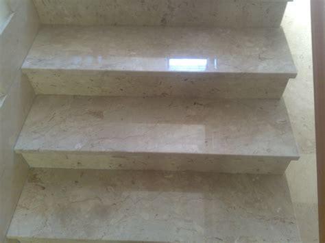 lucidare pavimenti lucidatura pavimenti e scale in marmo lucidatura