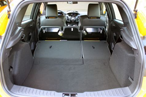 Ford Focus Interior Space by 2005 Ford Focus Wagon Cargo Space