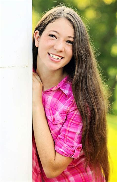 tween teenage girls natural light photography in the houston texas area https
