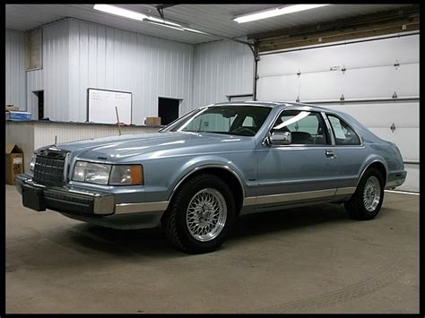 free service manuals online 1990 lincoln continental seat position control service manual 1990 lincoln continental mark vii rear wheel seal repairs service manual 1990