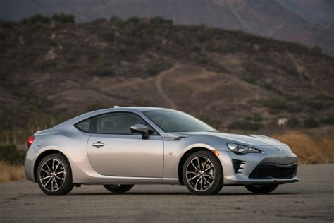 Subaru Brz Vs Toyota 86 2017 Subaru Brz Vs 2017 Toyota 86 Compare Cars Page 2