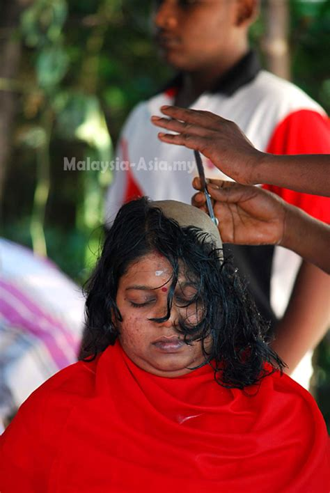 new indian women headshave thaipusam 2013 malaysia asia