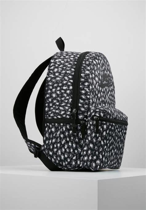 rucksaecke nike damen heritage backpack black eremea