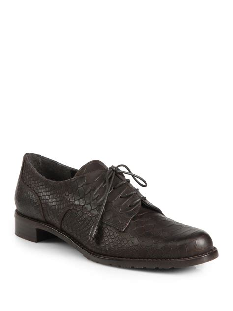 stuart weitzman oxford shoes stuart weitzman tomboy oxford shoes in brown