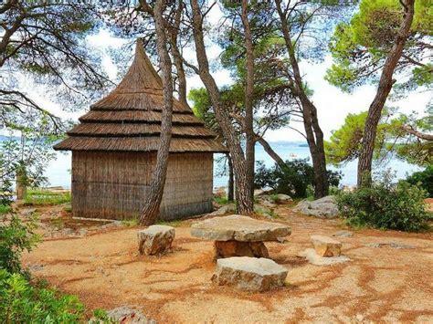 Pinset Bedah villaggio pine pakostane all inclusive croazia 2018