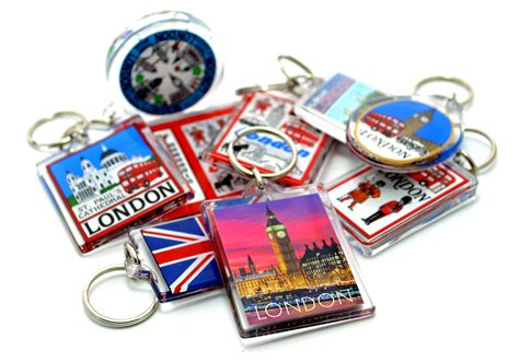 gifts to uk best places for shopping for souvenirs in uk