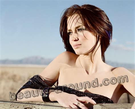 biography english movies emily blunt biography personal life photos