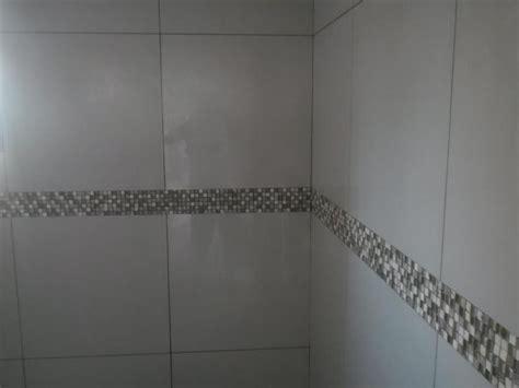 azulejo no banheiro foto azulejo do banheiro detalhe de pastilha de gcm