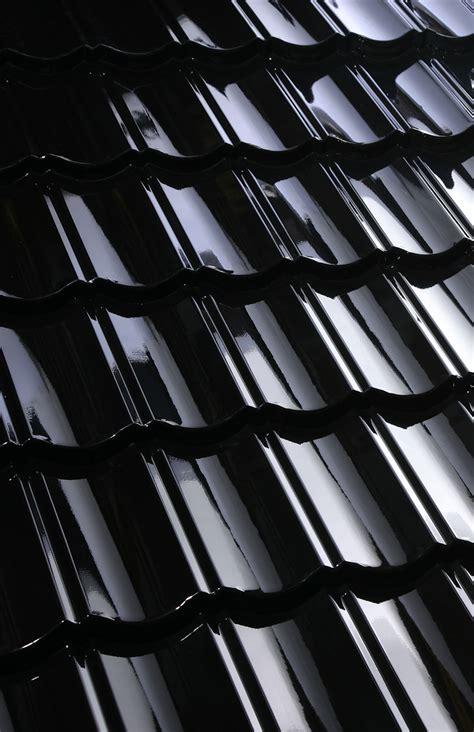 Tuile Decra by Decra Elegance Brillant Noir Tuile Verniss 233 E Color 233 E