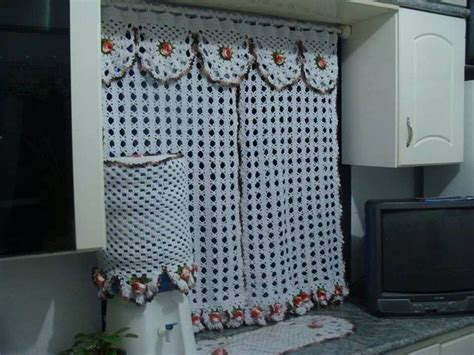 Pin By Eliane Ebsen Mardegan On Cortinas De Crochet Crochet Kitchen Curtains