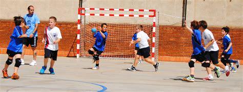 Imagenes De Niños Jugando Al Handbol | handbol claret club de balonmano handbol claret de barcelona
