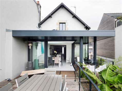 veranda entre 3 murs avant apr 232 s gain de lumi 232 re et d espace gr 226 ce 224 une