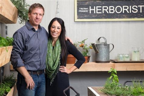 fixer upper client reveals what it s really like to be on what it s like to be on fixer upper simplemost
