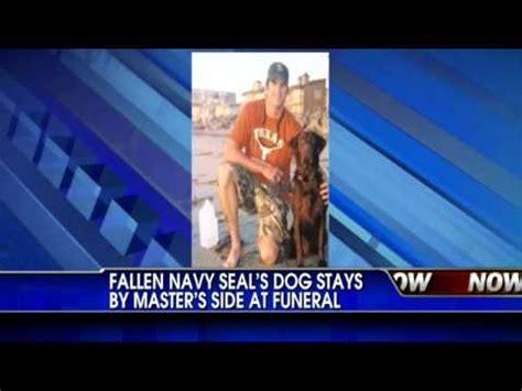 fallen navy seals won t leave fallen navy seals soldier s side