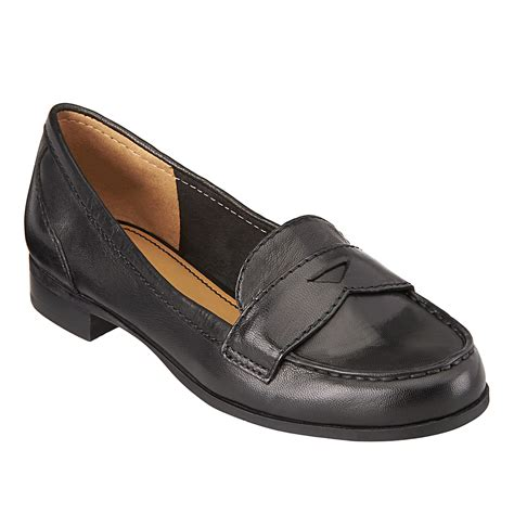 nine west loafer nine west sabeena loafer in black black leather lyst
