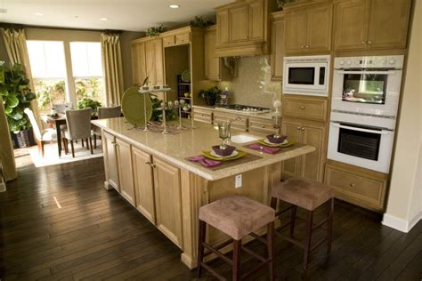 Kitchen Designs With Light Colored Cabinets