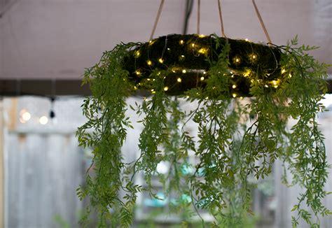 moss chandelier wreath diy