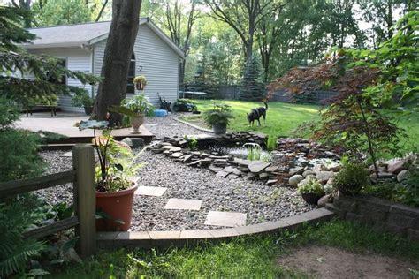 pea gravel  dog yard river rock  pea gravel