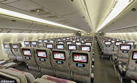 emirates london to dubai emirates offers world s longest flight with 17 hour 15