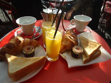 Petit déjeuner Français   Photo de Café Madeleine, Paris   TripAdvisor