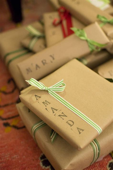 easy gift wrapping ideas 8 gift wrapping ideas honeybear