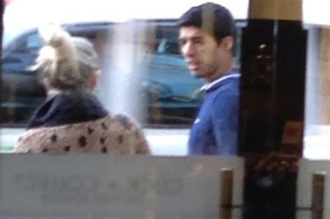 Jumper Morning 2in1 liverpool suarez snapped in is he eyeing up