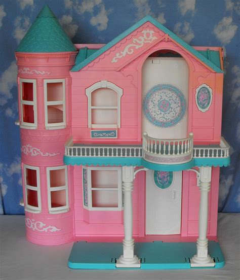 barbie dream house barbie doll 10 14 sold barbie dream house dollhouse 1995 pink working elevator