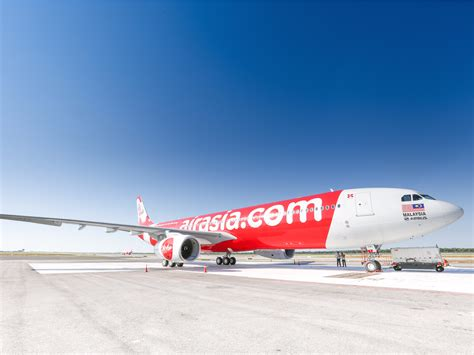 airasia uk airasia wants to take on amazon and international banking